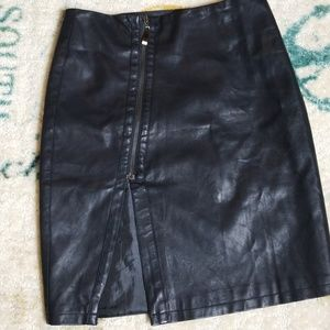 Very J Side Zip Faux Black Leather Skirt Small